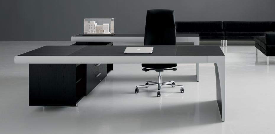 Scrivania Direzionale Studio CX di Frezza, designer Roberto Danesi