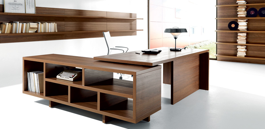 Scrivania ufficio e arredamento studio professionale for Design ufficio scrivania