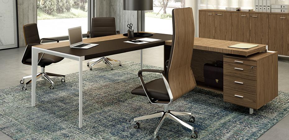 Scrivania per ufficio executive x9 di officity quadrifoglio for Design ufficio scrivania