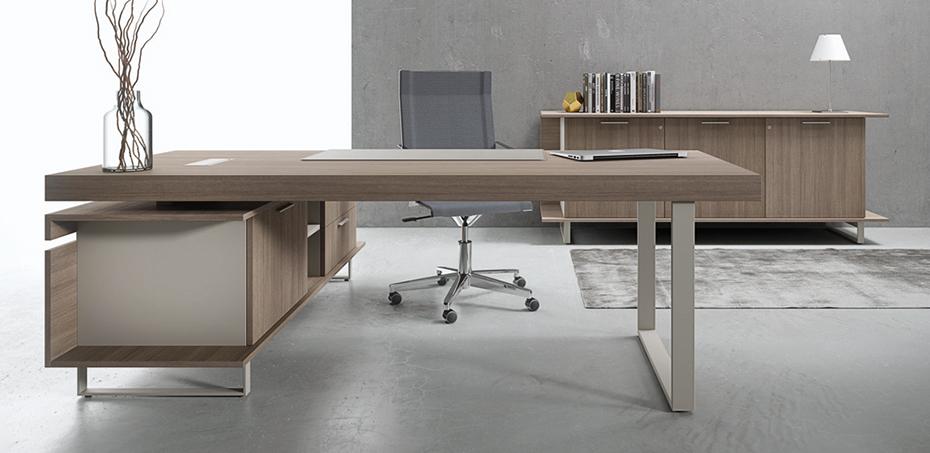 Scrivania direzionale ufficio essence di uffix design for Scrivanie direzionali moderne