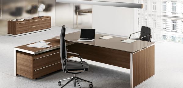 Scrivanie direzionali e presidenziali per ufficio design for Scrivanie direzionali prezzi
